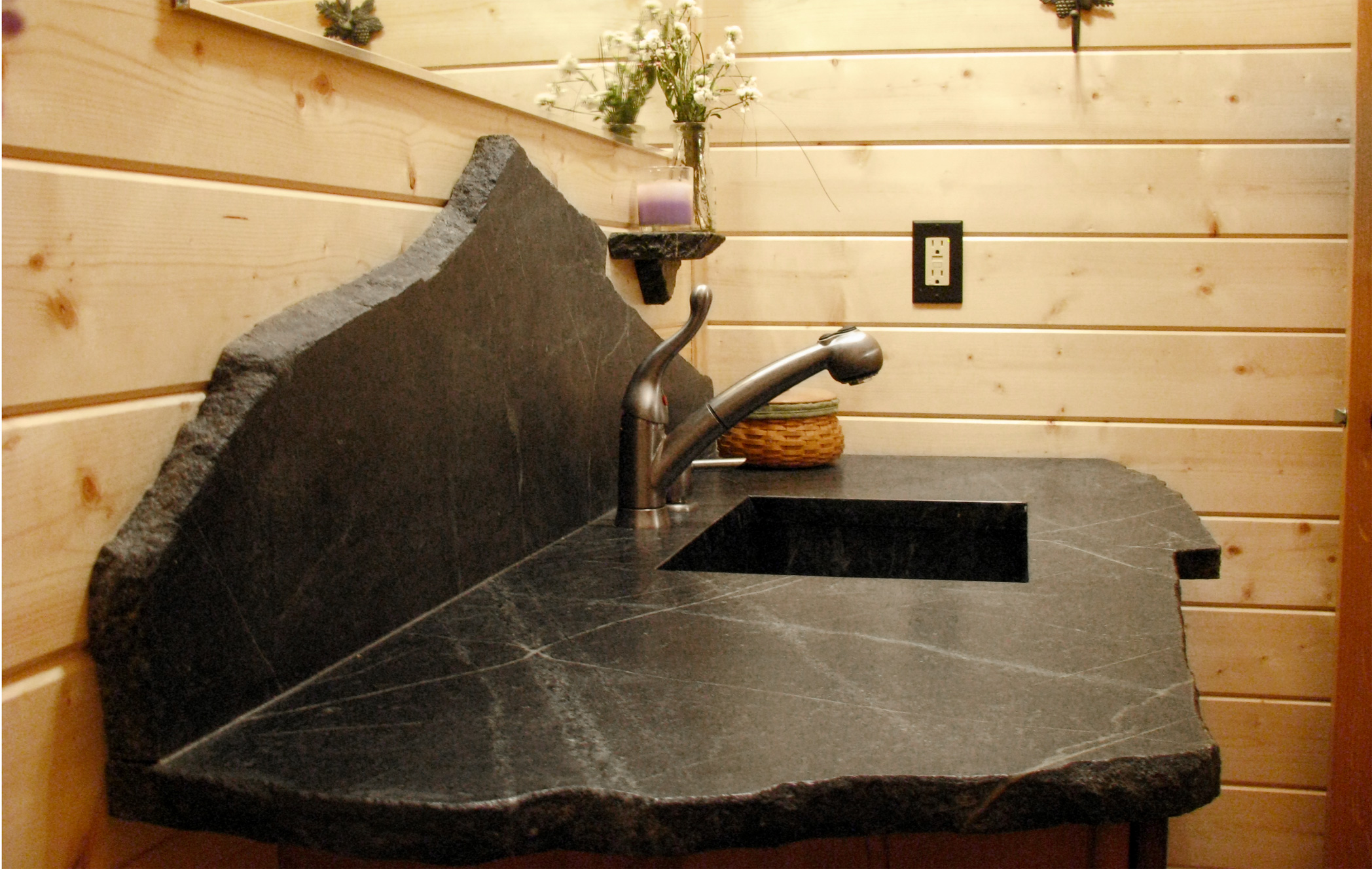 Pros-for-Soapstone-Counters